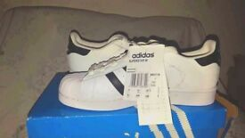 HOT DEALS! Adidas Superstar WHITE BLACK Trainers shoes Originals UK 4