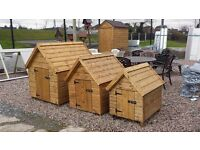 Quaility made Wooden Dog kennels & Hen Arks