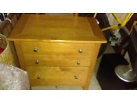 stanley furniture heavy wooden chest of drawers