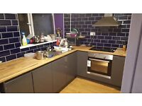 *1 Bedroom available* £330 PAM. Swansea. Refurbished 5 Bedroom Student House.