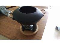 Cast iron wok/fondue kit