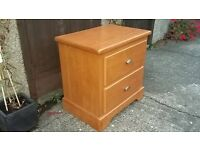 Light wooden bedside table 2 drawers