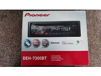 Pioneer Car stereo: excellent condition, red and black, USB, AUX, FM radio, BLUETOOTH