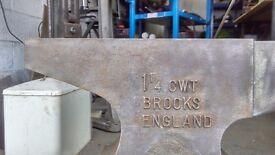 Unused blacksmith anvil for sale rare as rocking horse doodoo !!