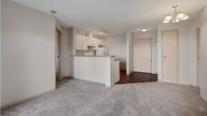 $1150 Manning Crossing! 2 BED/2 BATH! Perfect for Families!