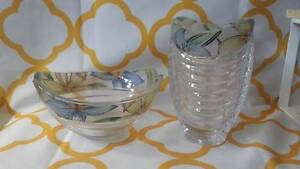 Matching bowl and vase set. Bullsbrook Swan Area Preview