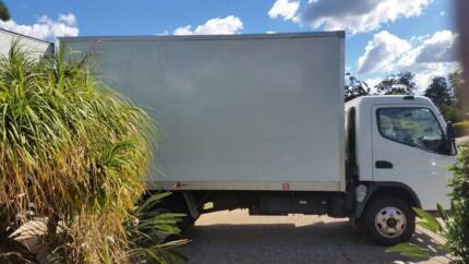 Truck for sale Removals truck great condition