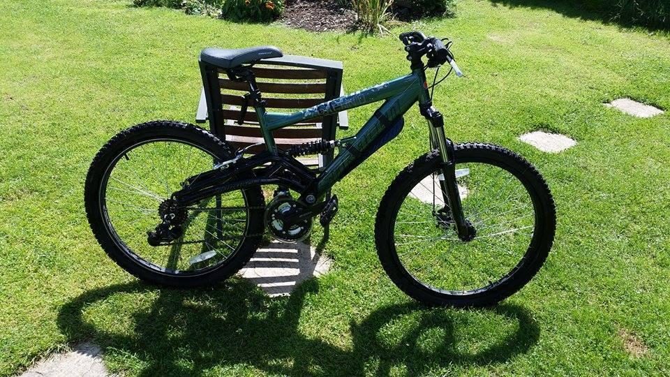 Saracen Arachnid Mountain Bike 16 Quot Frame Full Suspension