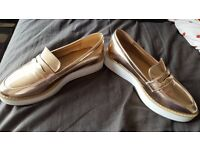gold shoes for sale size 6 for sale