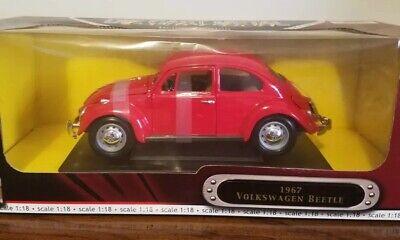 1967 Volkswagen beetle scale 1:18 DIE CAST METAL COLLECTION deluxe edition