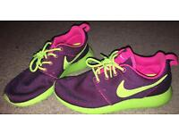 Ladies women's size 3 Nike trainers