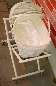 Antique 1930s Babys Wicker Bassinet Bisque Porcelin toy dolls London Ontario image 2