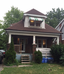 room available for summer sublet (May-August)