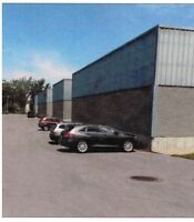 À LOUER/FOR RENT INDUSTRIAL CONDO 2233Sft.+(700+700) $8.50