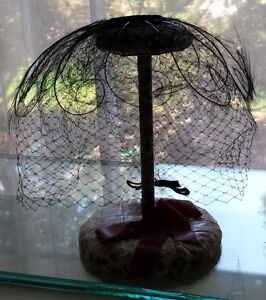 Ladies Antique Black Fine Feather Hat w/veil