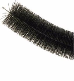 Black Flexible Gutter Brush Screen Guard Leaf & Debris Protection 2m Lengths. Eaves Bird Stop