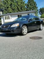 2003 Nissan Altima 2.5L Auto Leather Power everything Lady Drive