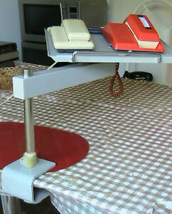 Very strong solid rotating metal table, for screen. Phone or any West Island Greater Montréal image 4