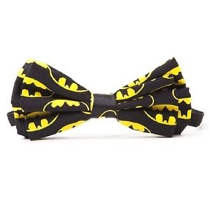 DC-Comics-BATMAN-BOW-TIE-NEW-With-Tags
