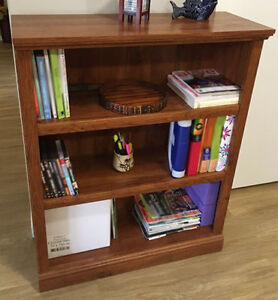 REDUCED! IMMACULATE BOOKCASE WOOD & LAMINATE FINISH