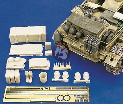 - Royal Model 1/35 German StuG III Ausf.F Tank Stowage & Accessories Set WWII 134