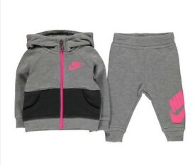 Girl Nike tracksuit baby/infant brand new with tags