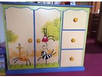 Children's furniture set, bed, chest of drawers, wardrobe hanging