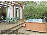 Lodge with private hot tub weekend for 4 people £300 Roydon Essex