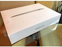 MacBook Air 2017 Brand New Sealed 13'