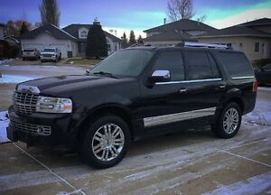 2007 Lincoln Navigator SUV,  Spacious 7 Seater