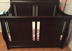 3 piece furniture crib set