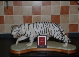 Franklin mint white bengal tiger