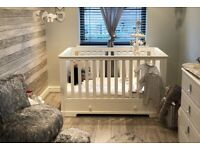 Mamas And Papas Oxford Wooden Cot & Toddler Bed with Storage - White