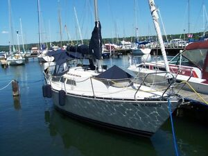 Clean and well maintained 32 foot C&C Yachts Cruising Sailboat