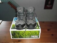 Ladies Walking Boots
