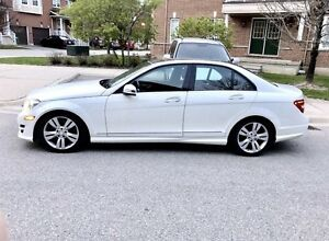 Mercedes c300 4Matic 2012 fully loaded