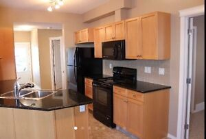 3 bedroom, granite counter tops , bright and sunny !