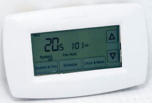 Honeywell Touch Screen 7-Day Programmable Thermostat (RTH7600D