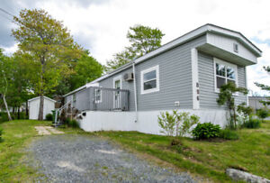 MINI-HOME FOR SALE IN WOODBINE PARK ONLY $54,900!