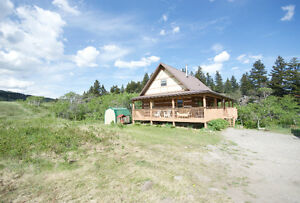 Riverside Cabin Rental in the Crowsnest Pass