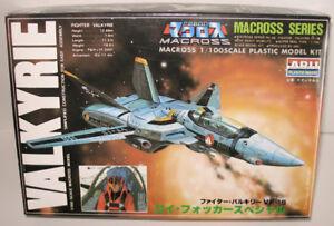 Macross Battroid Valkyrie VF-1S ARII #AR-323-300 1/100 NIB 1984