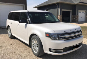 2013 Ford Flex SEL awesome condition!