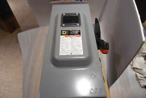 Square D 100 Amp Heavy Duty Fusible Safety Disconnect Switch New