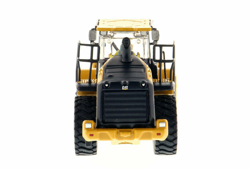 CAT CATERPILLAR 966M WHEEL LOADER 1/87 (HO) SCALE MODEL BY DIECAST MASTERS 85948