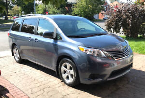 2015 TOYOTA SIENNA LE, 8 PASS, PORTES COUL. ELECT