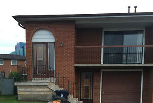 1 bedroom, main level home, North York location