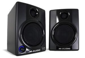 Maudio AV30  Multi Media Monitor  Speakers
