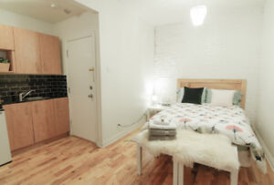 Downtown Montreal Studio|St-Catherine street Everything included