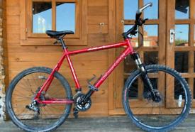 """Carrera Vulcan Mountain Bike. 22"""" Frame. 26"""" wheels. Fully Working"""