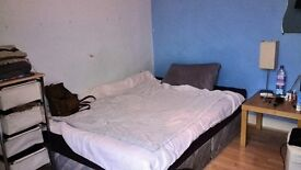Double room for NON-SMOKERS